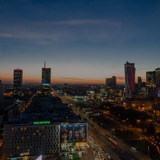 3b - Warsaw skyline at night 16-9.jpg