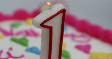 birthday_candle_cake_-_one_year_cc_via_tsuji_on_flickr_-_1609587938_6afb832f99_z.jpg