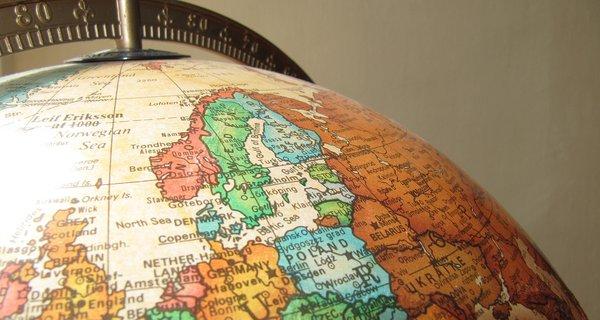 globe-940369_1920.jpg