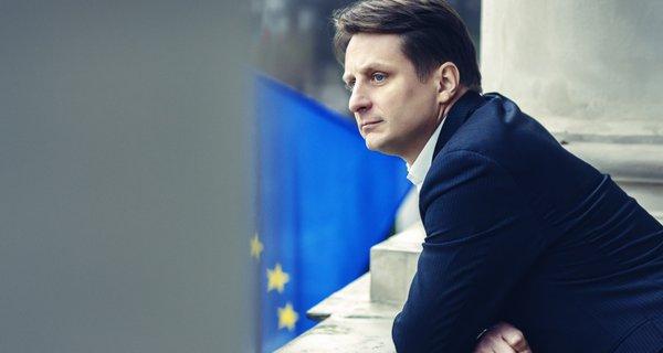 minister_krzysztof_szubert_of_poland.jpg