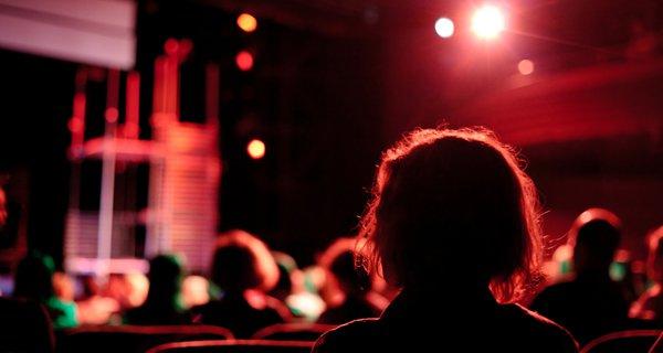 theatre_audience.jpg